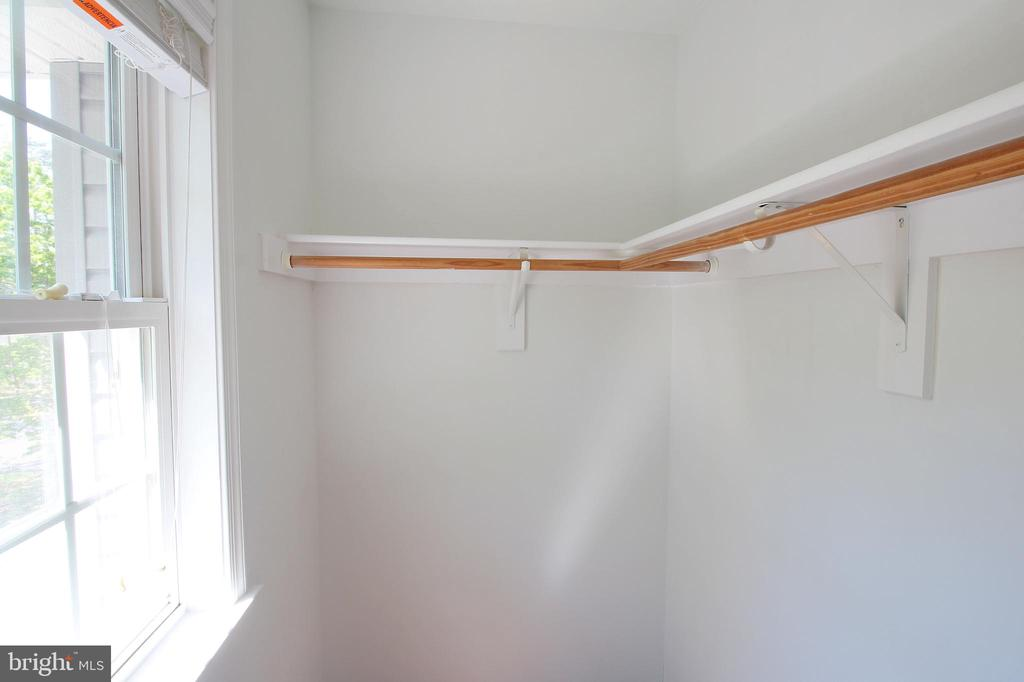 Walk-In Closet in 3rd Bedroom - 612 LAKEVIEW PKWY, LOCUST GROVE