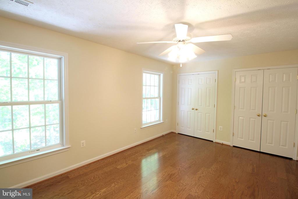 4th Bedroom - Upper Level (Double Closets) - 612 LAKEVIEW PKWY, LOCUST GROVE