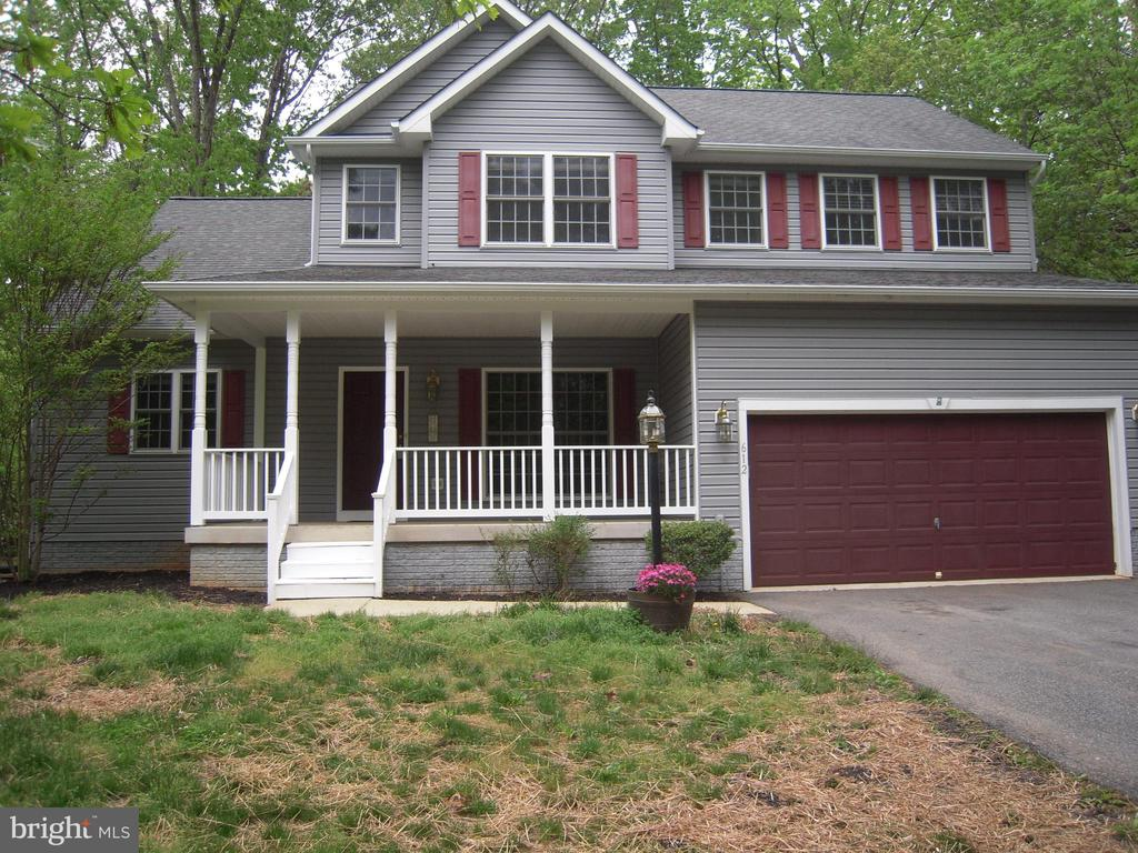 Attractive Two-Story Contemporary Colonial - 612 LAKEVIEW PKWY, LOCUST GROVE