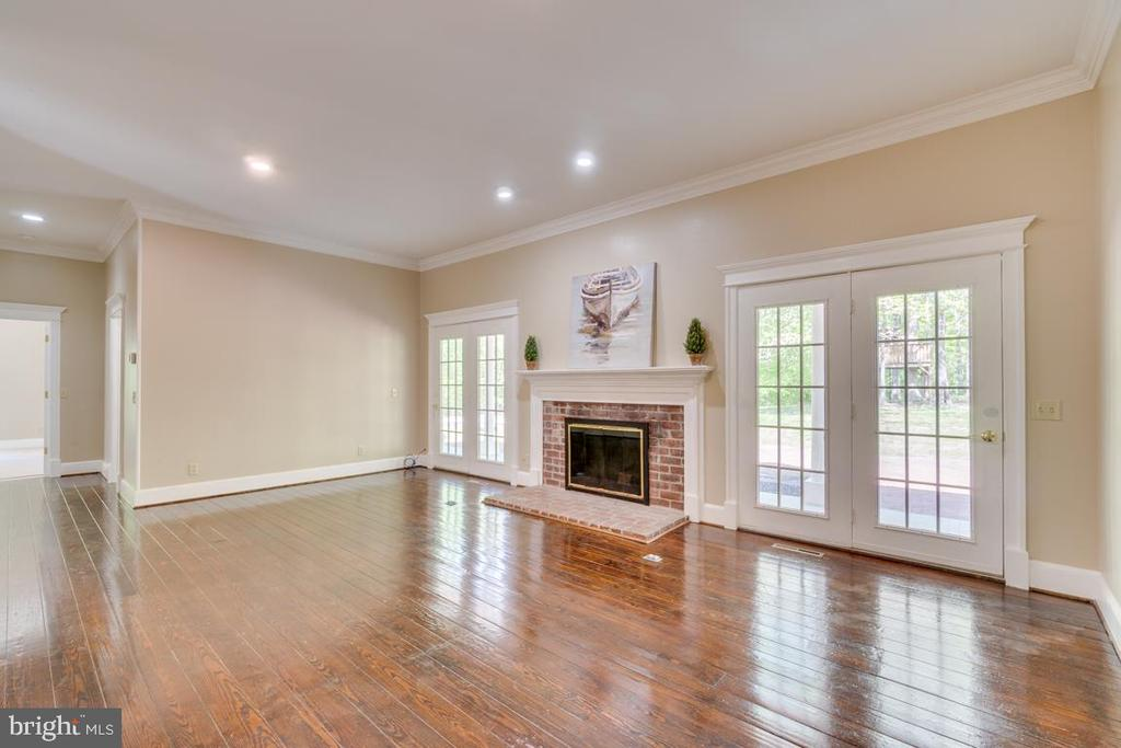 Family Room with wood-burning Fireplace - 646 HOLLY CORNER RD, FREDERICKSBURG