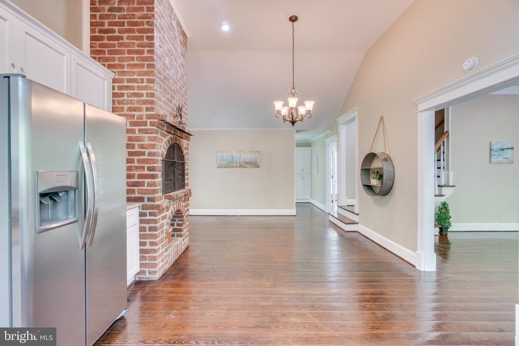 Cathedral Ceiling in Kitchen feels even more open - 646 HOLLY CORNER RD, FREDERICKSBURG