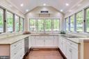 New Granite Countertops - 646 HOLLY CORNER RD, FREDERICKSBURG