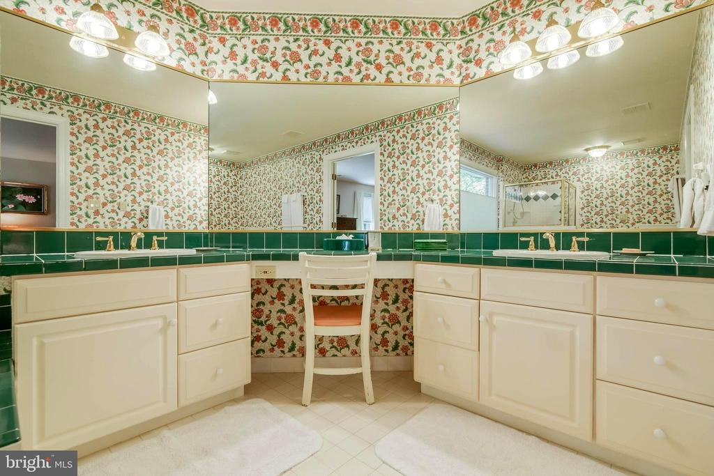 Master Bathroom - Very Pretty! - 12210 GLADE DR, FREDERICKSBURG