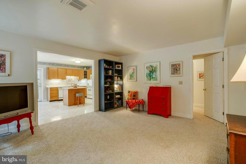 In-Laws Suite - Living Room! - 12210 GLADE DR, FREDERICKSBURG