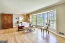 Large, Lovely, Light and Bright Living Room - 1058 ULMSTEAD CIR, ARNOLD