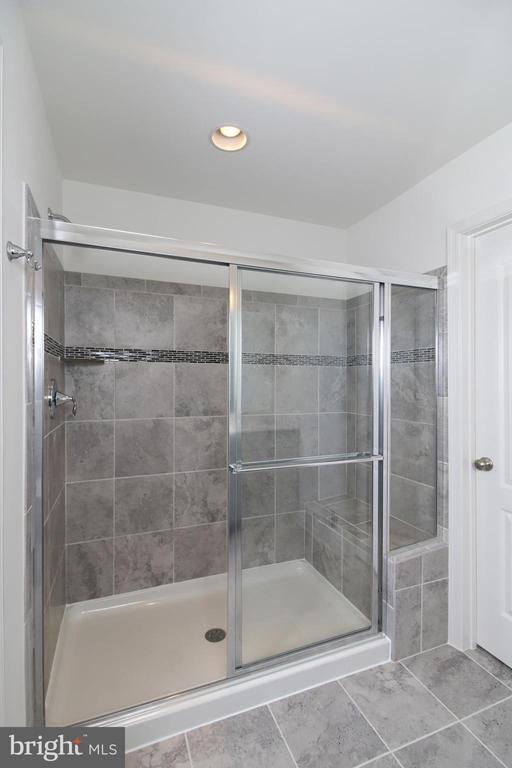 Large Master Bathroom Shower Stall - 8451 BALD EAGLE LN, FREDERICK