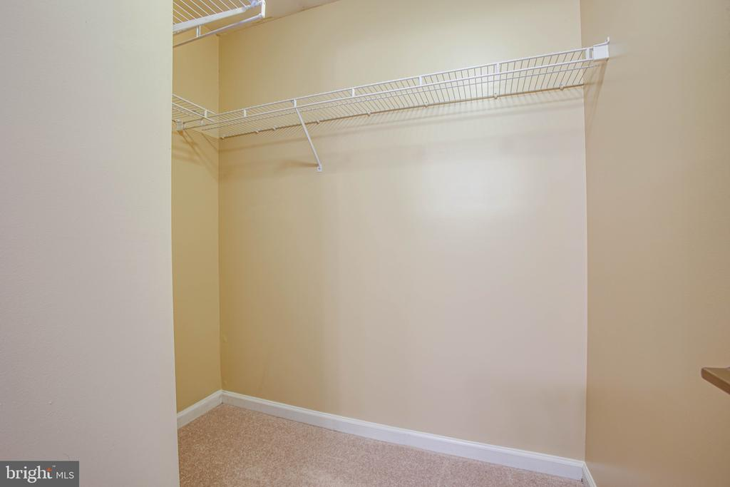Master Bedroom Walk in Closet - 10001 GRASS MARKET CT, FREDERICKSBURG
