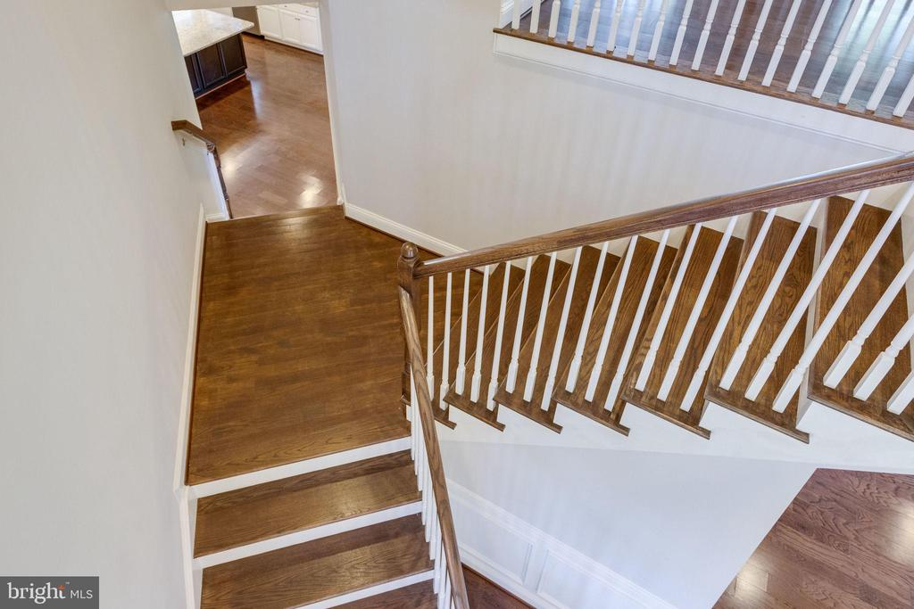 View of Staircase Extends to Kitchen/Entrance - 2050 ARCH DR, FALLS CHURCH