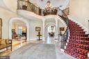 Grand Foyer - 8913 GALLANT GREEN DR, MCLEAN
