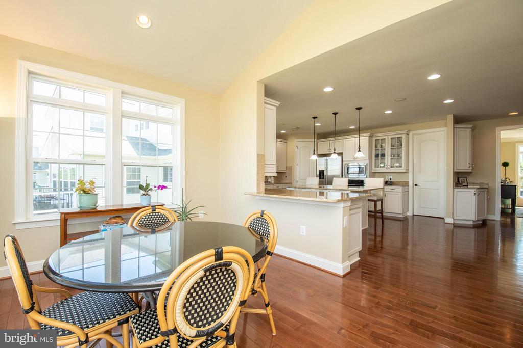 Breakfast/Sun Room - 42422 CHAMOIS CT, STERLING