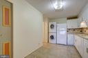 Kitchen - Exceptionally Spacious - 5901 MOUNT EAGLE DR #1115, ALEXANDRIA