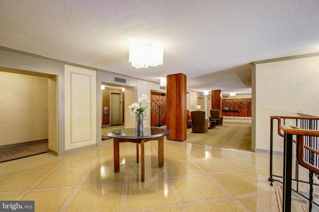 Beautifully Appointed Building Lobby - 5901 MOUNT EAGLE DR #1115, ALEXANDRIA