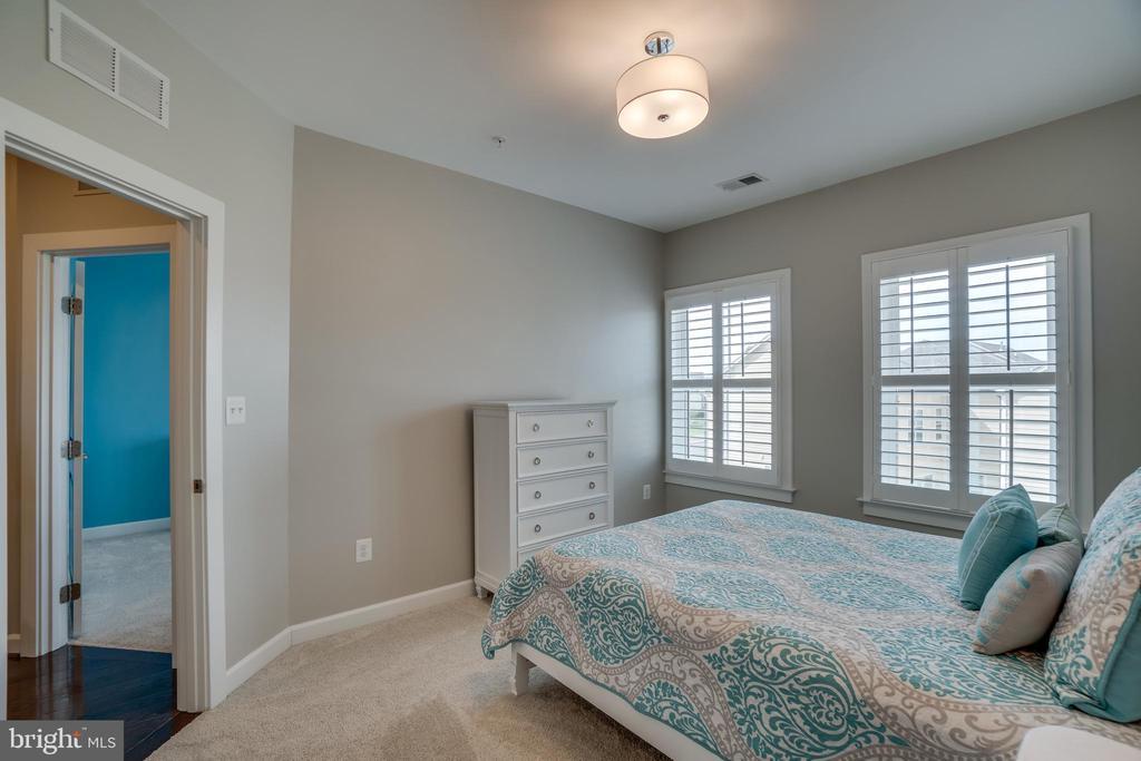 Guest bedroom - 20668 DUXBURY TER, ASHBURN