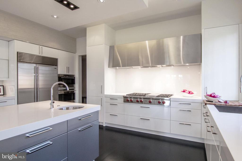 The custom hood is a focal point of the Kitchen - 3717 27TH ST N, ARLINGTON