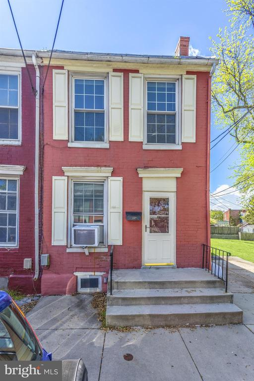 - 107 WATER ST, FREDERICK