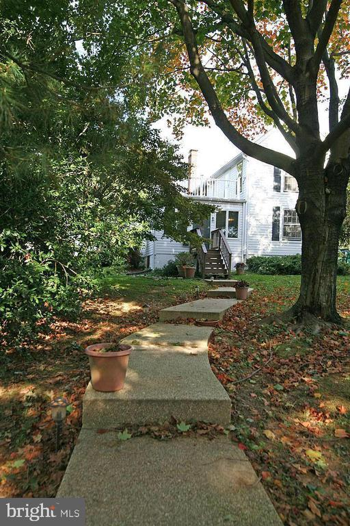 Stairway to house - 5439 SHOOKSTOWN RD, FREDERICK