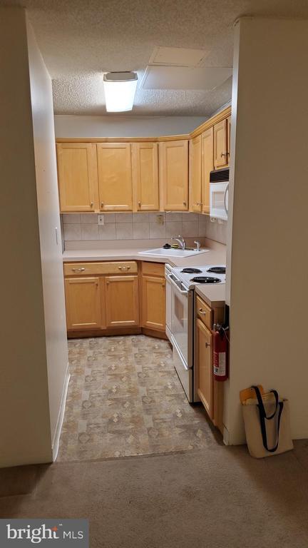 Kitchen - 1615 Q ST NW #103, WASHINGTON