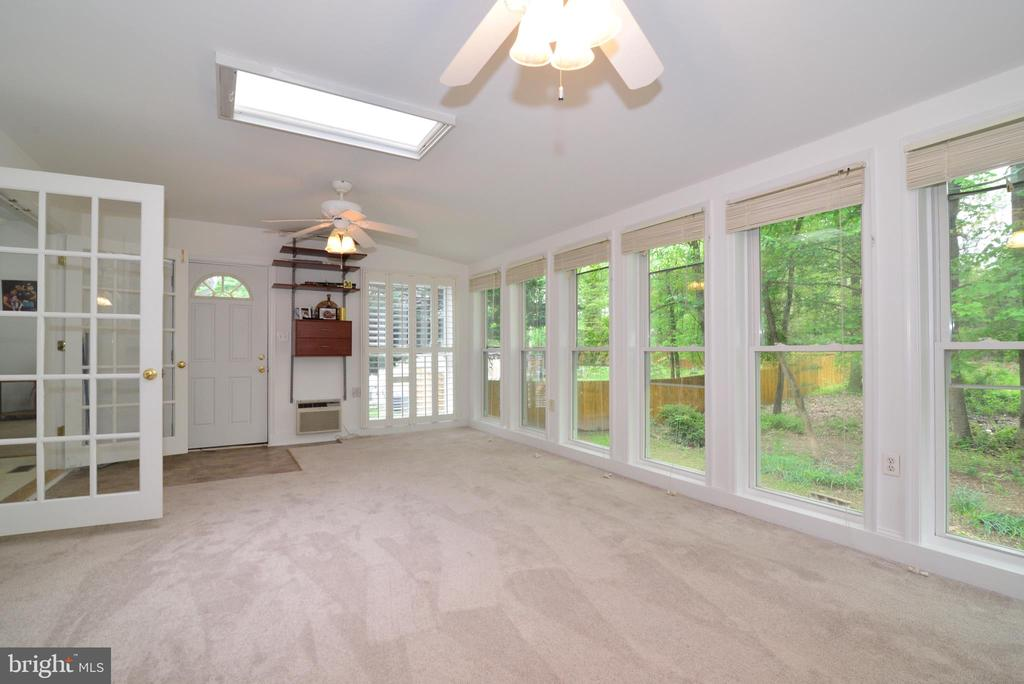 Sunroom - 9306 KEVIN CT, MANASSAS PARK