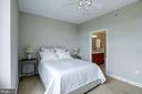 Room for King-sized bed - 1000 N RANDOLPH ST #310, ARLINGTON