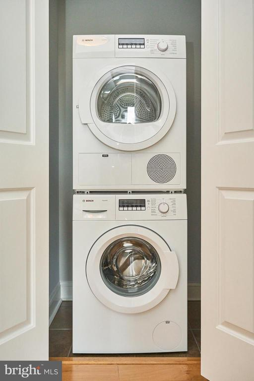 Bosch Washer/Dryer - 2050 JAMIESON AVE #1103, ALEXANDRIA