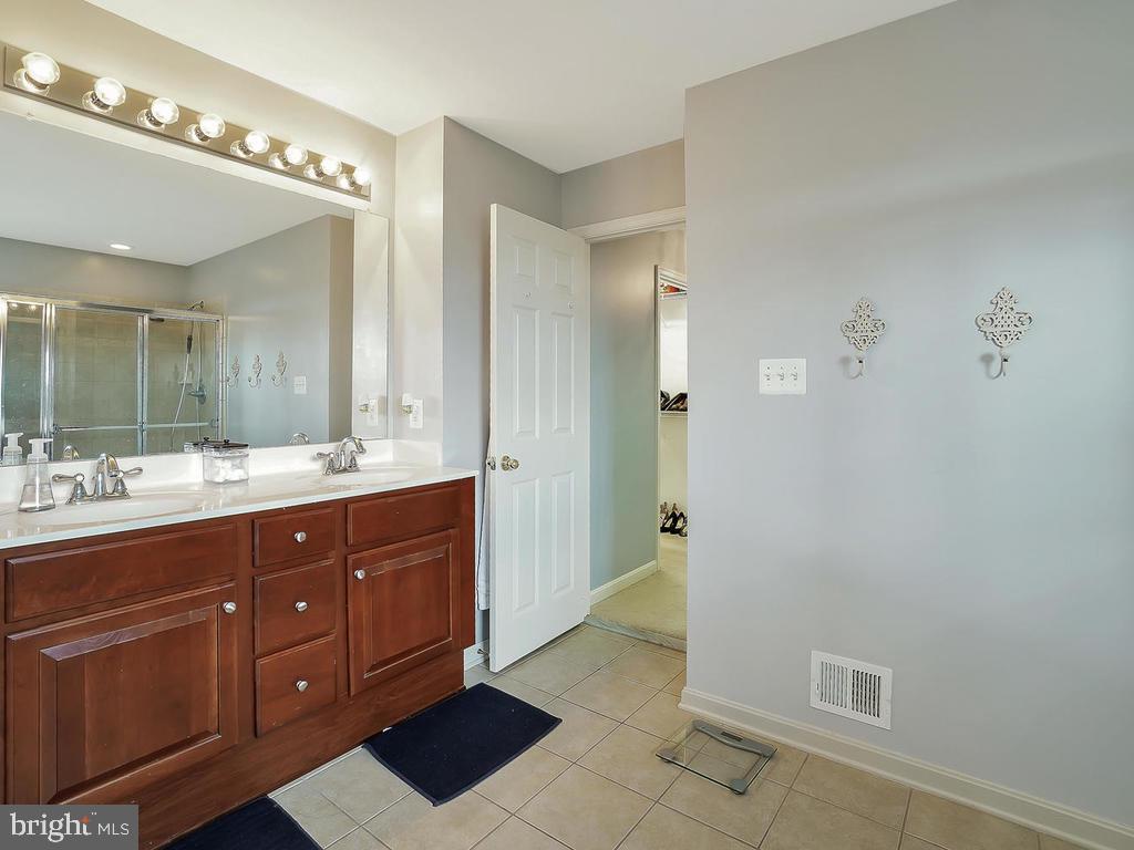 Master Bathroom - 2708 LONGFIELD PL, ADAMSTOWN