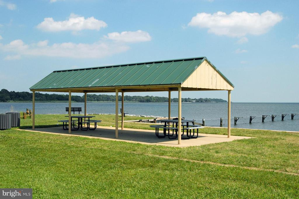 Pavilion at the waterfront park in Hillsmere - 104 FOGLE DR, ANNAPOLIS