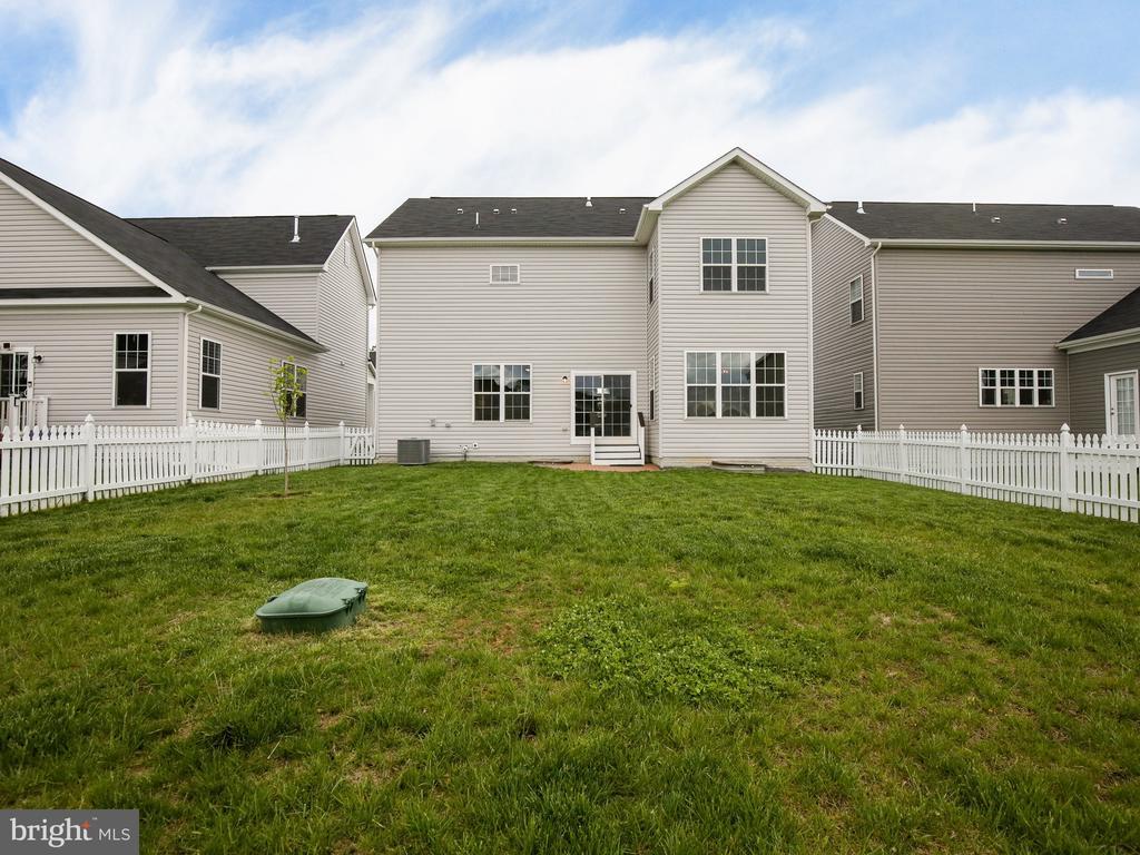 Large flat backyard - 304 UPPER HEYFORD PL, PURCELLVILLE