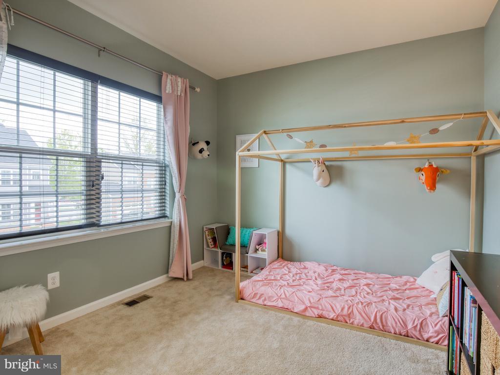 Bedroom 2 - 304 UPPER HEYFORD PL, PURCELLVILLE