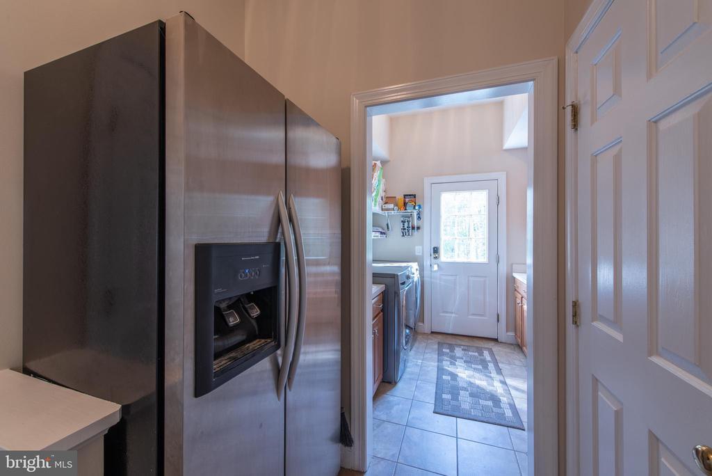 Second fridge - 27531 PADDOCK TRAIL PL, CHANTILLY