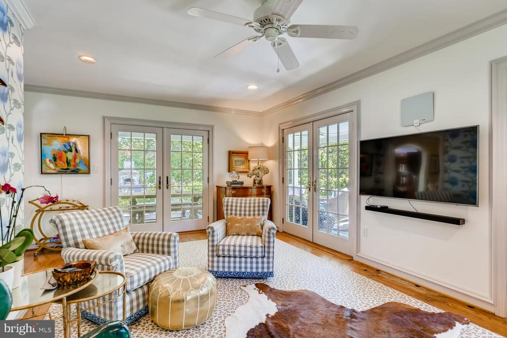 Study/Music Room opens to covered porch - 1209 BERWICK RD, TOWSON