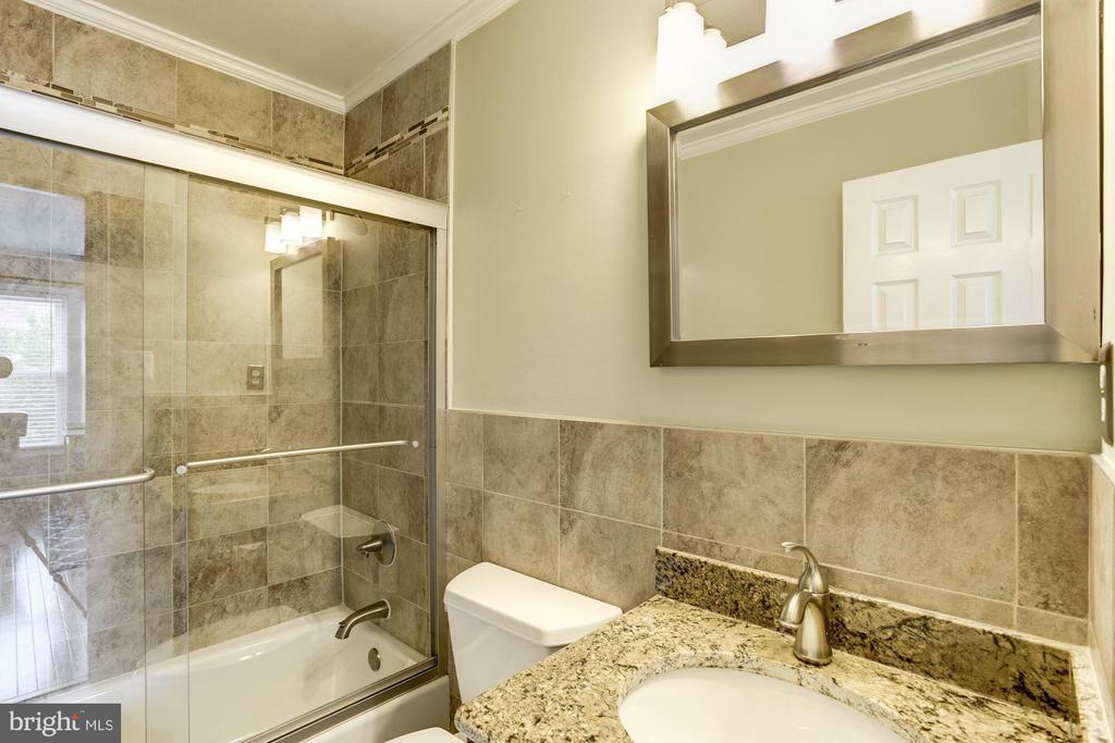 Master Bathroom #2 - Beautifully Upgraded! - 1145 N UTAH ST #1145, ARLINGTON