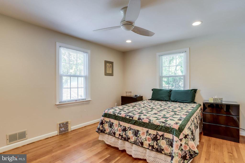 3rd Bedroom - 5517 FAIRFAX DR, ARLINGTON
