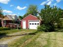 Garage with space to the right for you own garden - 2211 LAFAYETTE BLVD, FREDERICKSBURG