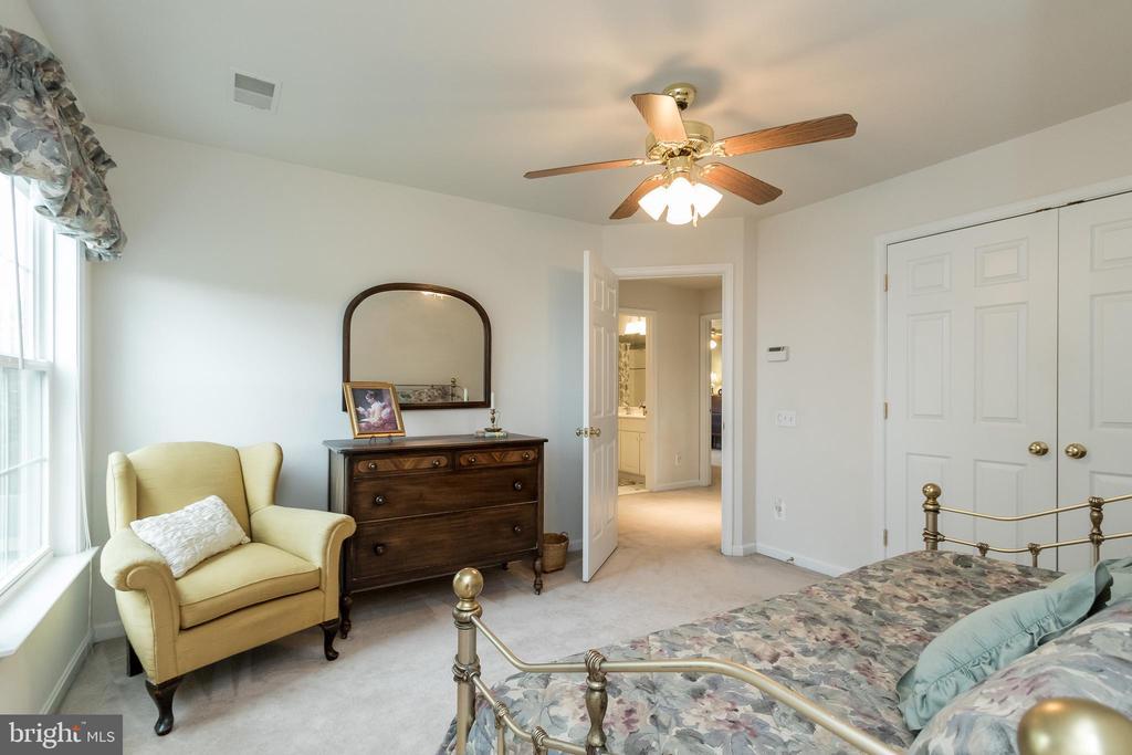 Bedroom 2 - 43777 PARAMOUNT PL, CHANTILLY