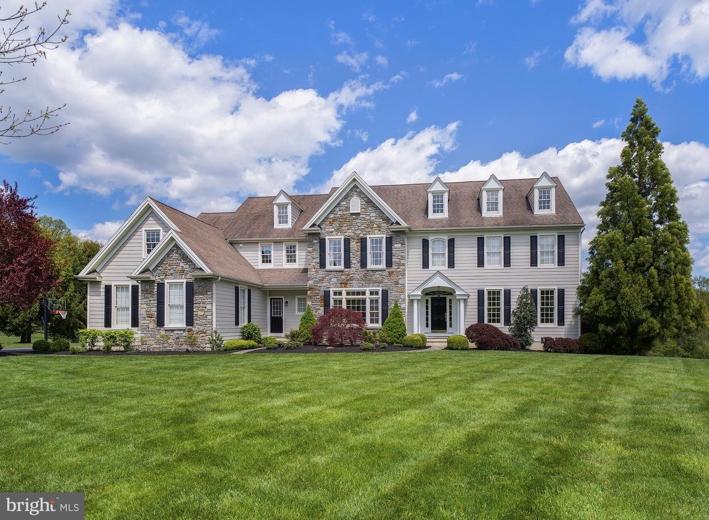 Single Family Homes for Sale at Chester Springs, Pennsylvania 19425 United States