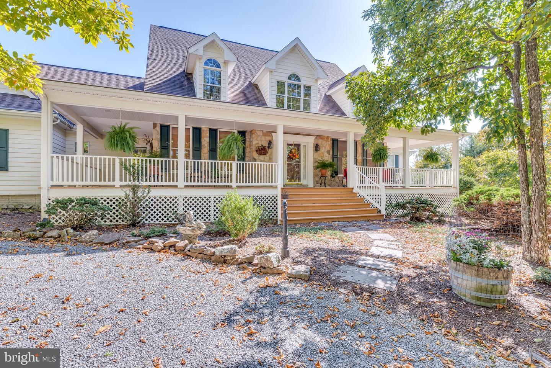 Single Family Homes per Vendita alle ore Star Tannery, Virginia 22654 Stati Uniti