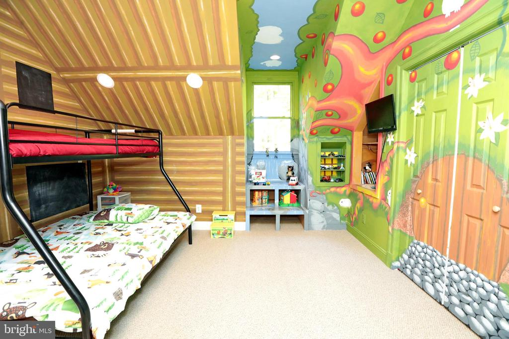 Bedroom #4 Painted for Childrens Room - 9600 TERRI DR, LA PLATA
