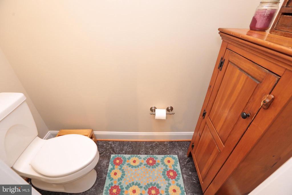 Toilet room off laundry room - 9600 TERRI DR, LA PLATA