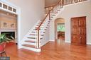 Two-story foyer flanked by dining & living rooms - 9600 TERRI DR, LA PLATA