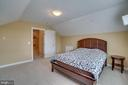 - 26022 GLASGOW DR, CHANTILLY