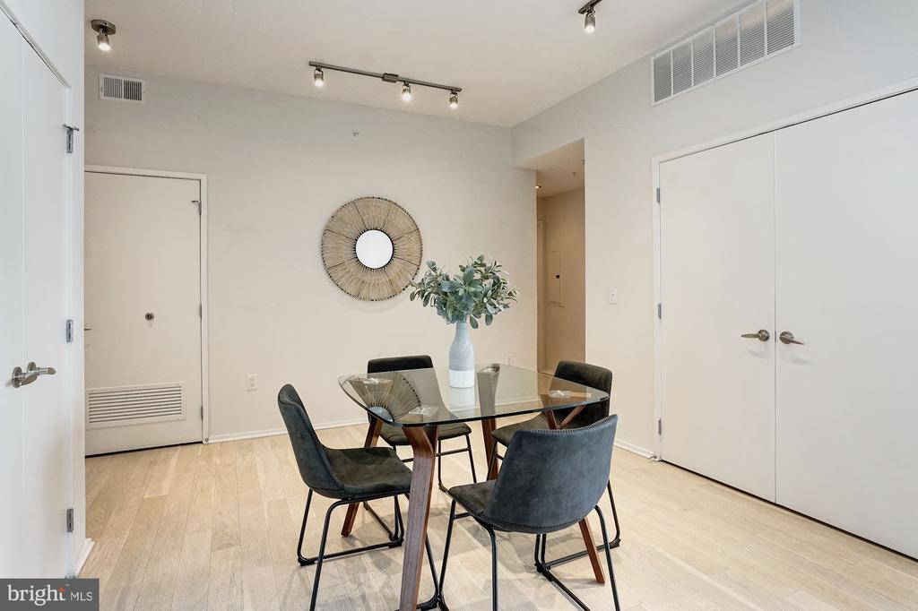 Dining Area with Storage Space and Tall Ceilings - 3409 WILSON BLVD #504, ARLINGTON