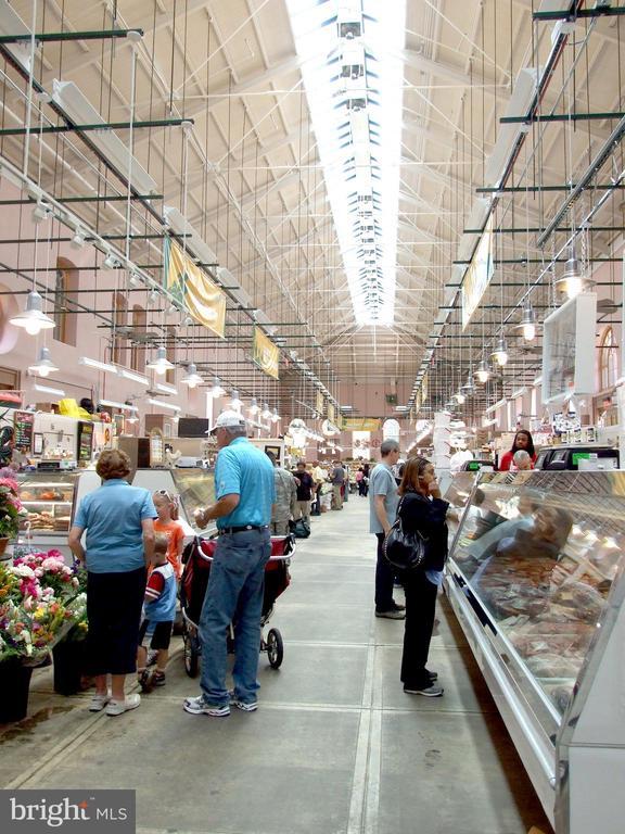 Eastern Market - 8 BROWNS CT SE, WASHINGTON