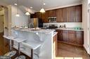 Kitchen with island/breakfast bar - 116 WATERLINE CT, ANNAPOLIS