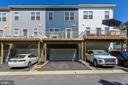 Rear elevation and parking pad for two cars - 116 WATERLINE CT, ANNAPOLIS