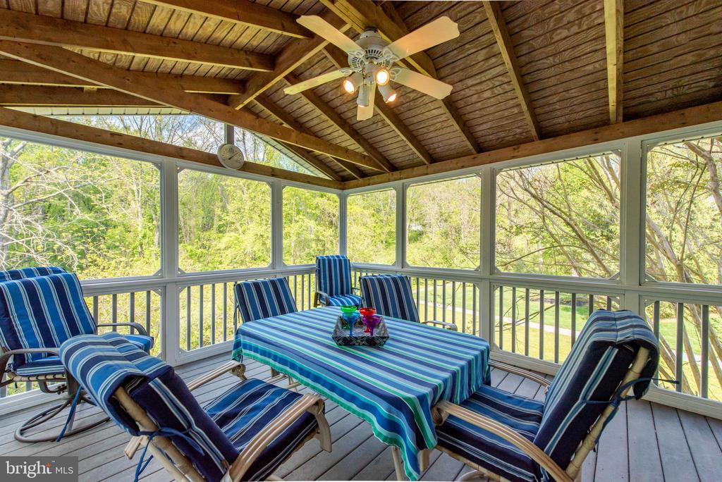 Screened Porch - 6513 FOLDED LEAF SQ, COLUMBIA