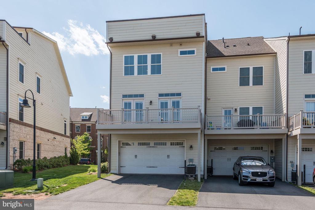 Rear Elevation & Side Yard - 20622 DUXBURY TER, ASHBURN