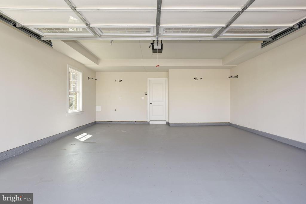 Just Painted Floor & Walls - 20622 DUXBURY TER, ASHBURN
