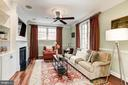 Family room, gas fireplace & built-ins - 2 CUMBERLAND CT, ANNAPOLIS