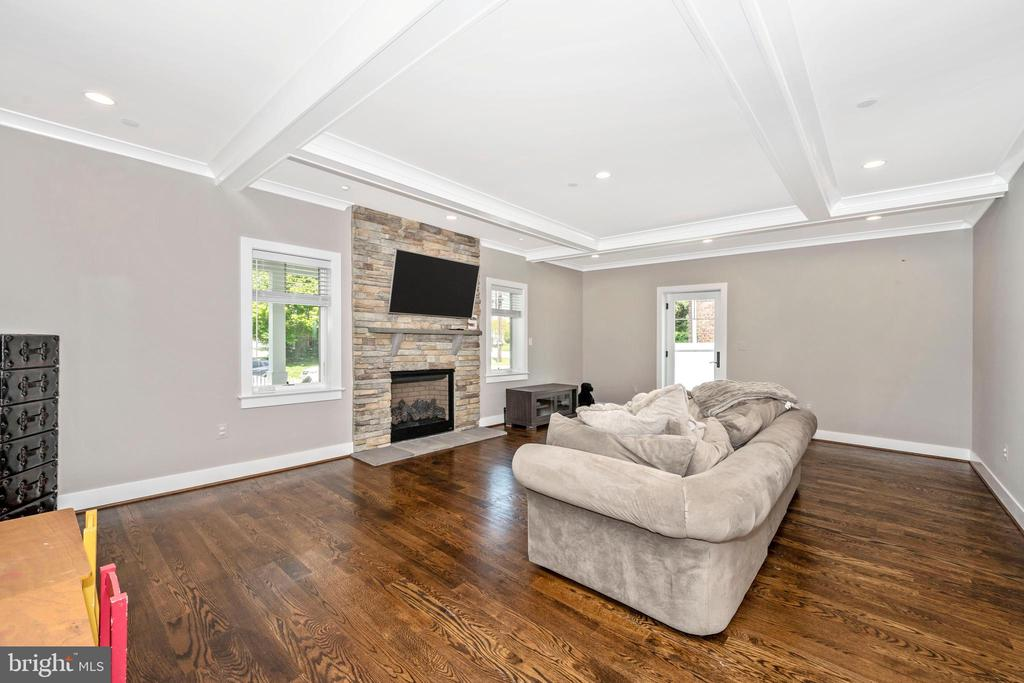 Family Room w/ Stone Fireplace - 5606 FOREST PL, BETHESDA