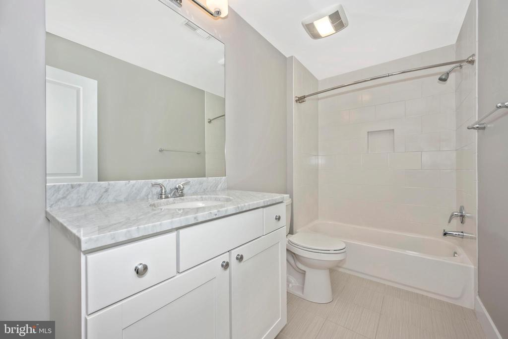 3rd Full Bath - 5606 FOREST PL, BETHESDA